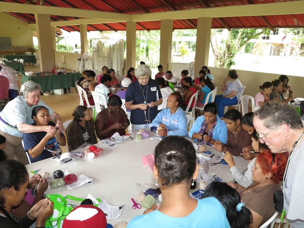 The June 2012 mission team sponsored by Christ Church (Valdosta) conducted knitting classes for over 60 women in the village of El Pedregal.
