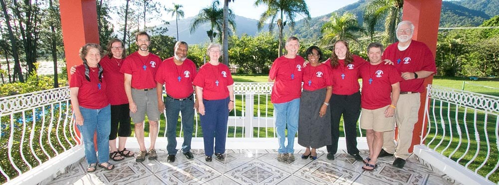 The missioners from Christ Church (Valdosta) in the Santo Domingo airport on June 12.